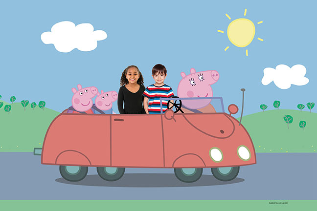 Peppa Pig photo opportunity at Paulton's Park